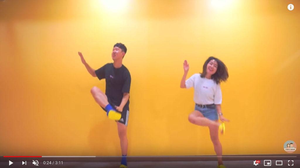 ハンドクラップダンス
